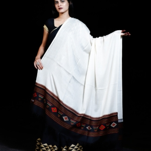 Shawl Super Fine Merino Black Kullu Border white centre 2