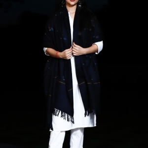 Shawl Black Kullu Pattern Kamal Booti Pure Merino Wool