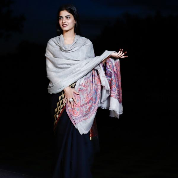 Shawl Pashmina Self Side Floral Kaani Design
